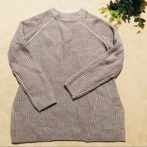 ASOS gray woven cable knit sweater (H6)